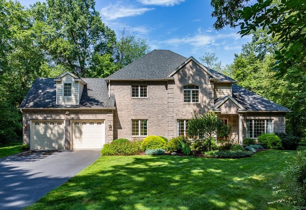 20 Valley View Dr , South Hadley, MA 01075