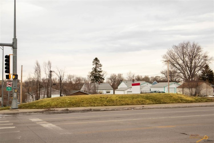 1126-1134 HAINES AVE, Rapid City, SD 57701