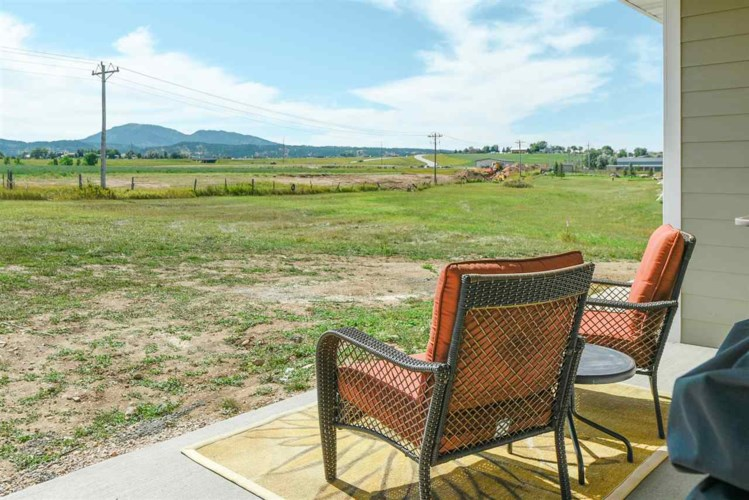 Lot 3 blk 11 OTHER, Speafish, SD 57783