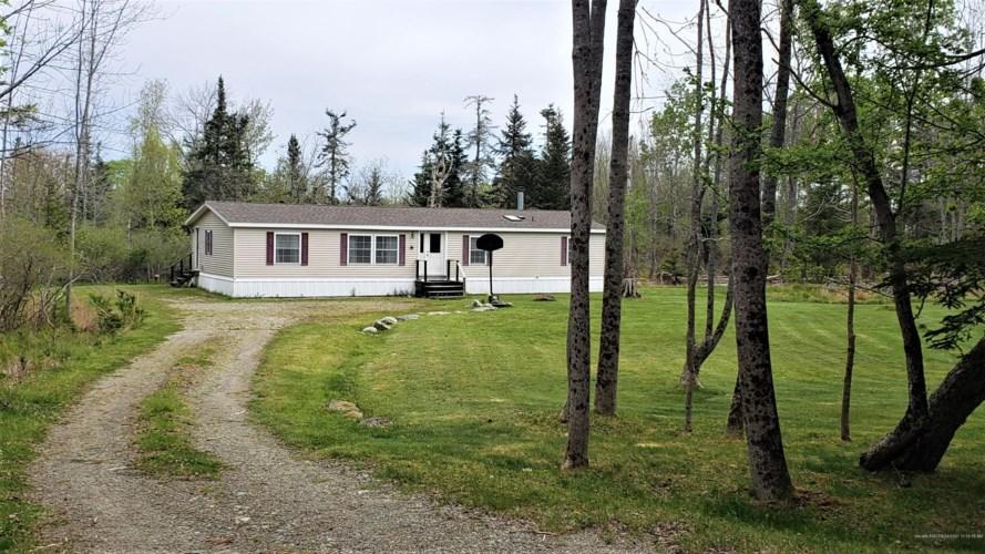 19 Honey Road, Deer Isle, ME 04627
