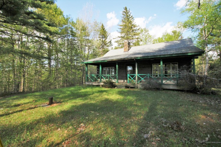 49 Clewley Hill Road, Clifton, ME 04428