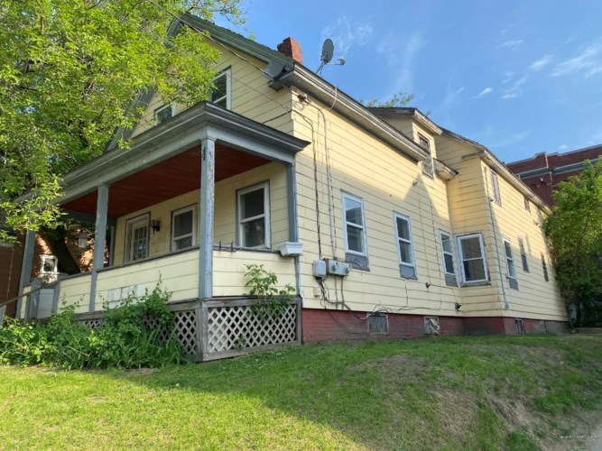 12 Gold Street, Waterville, ME 04901