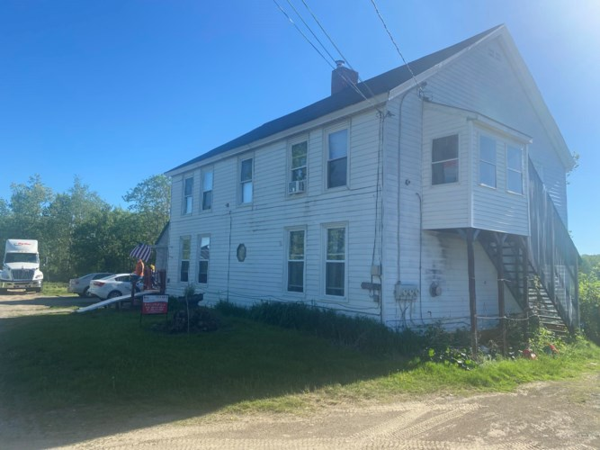 25 Old County Road, Fairfield, ME 04937