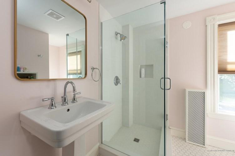 165 Middle Street, Bath, ME 04530