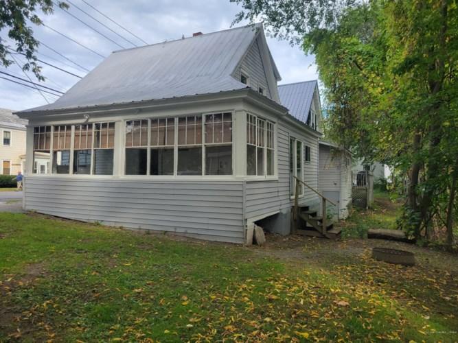 40 Western Avenue, Waterville, ME 04901
