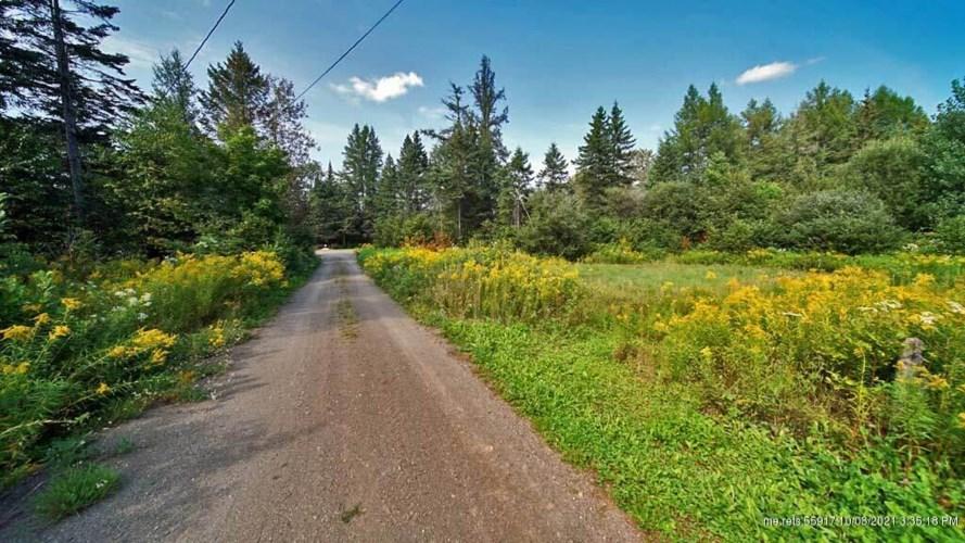 122 Wilcox Road, Cary Plt, ME 04471