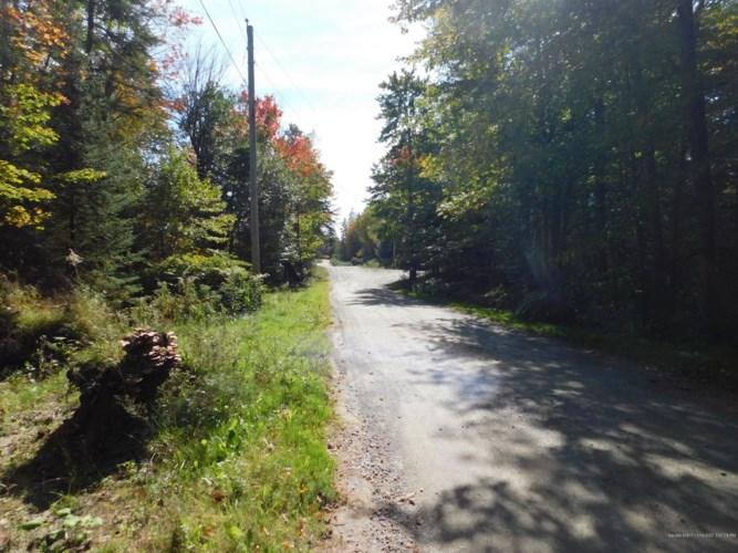 000 Steam Mill Road, Cornville, ME 04976
