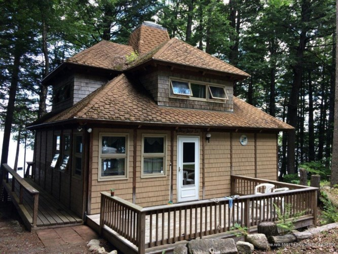 358 South Cove Road, Willimantic, ME 04443