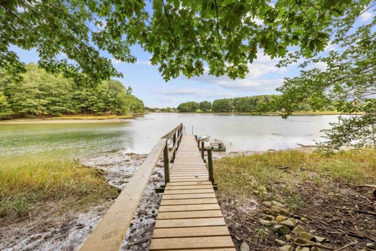 7 River Meadow Lane, York, ME 03909