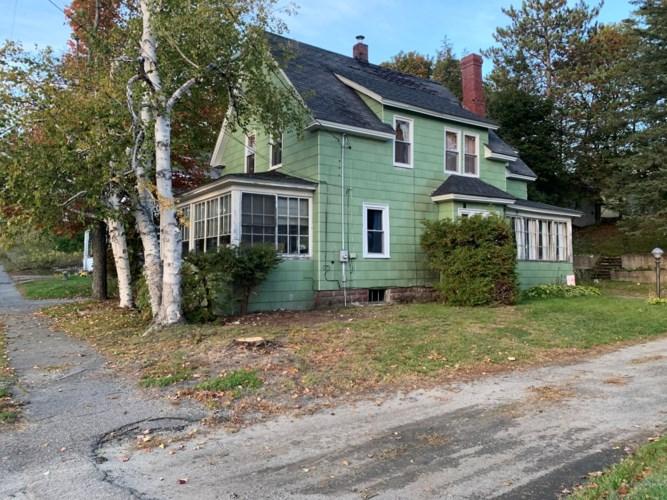 69 Maine Avenue, Millinocket, ME 04462