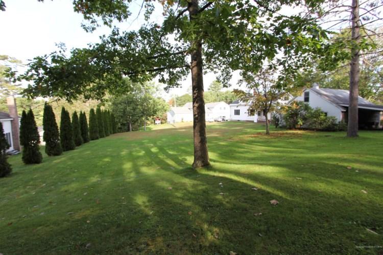 365 Pond Road, Lewiston, ME 04240
