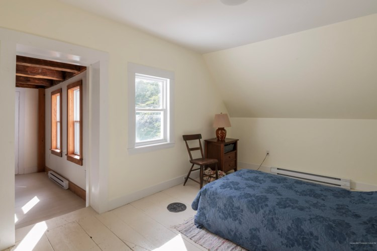 227 Old Sheepscot Road, Wiscasset, ME 04578