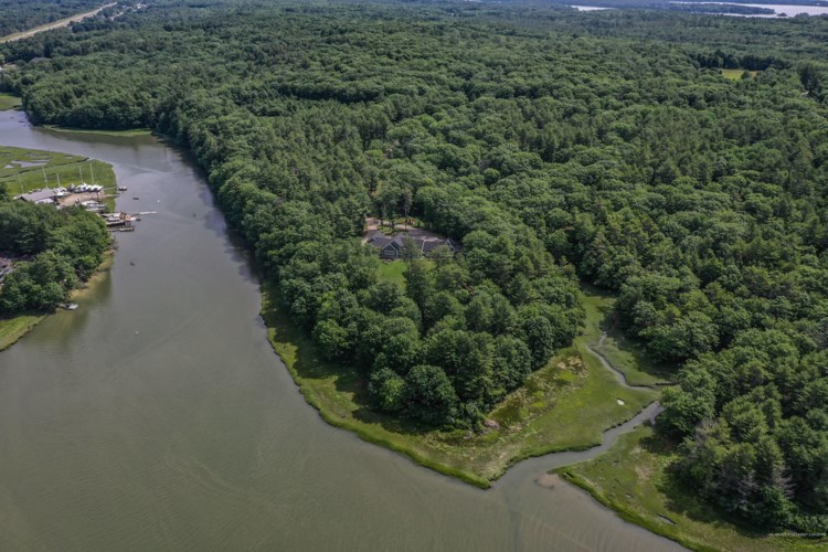 50 River Rock Lane, Freeport, ME 04032