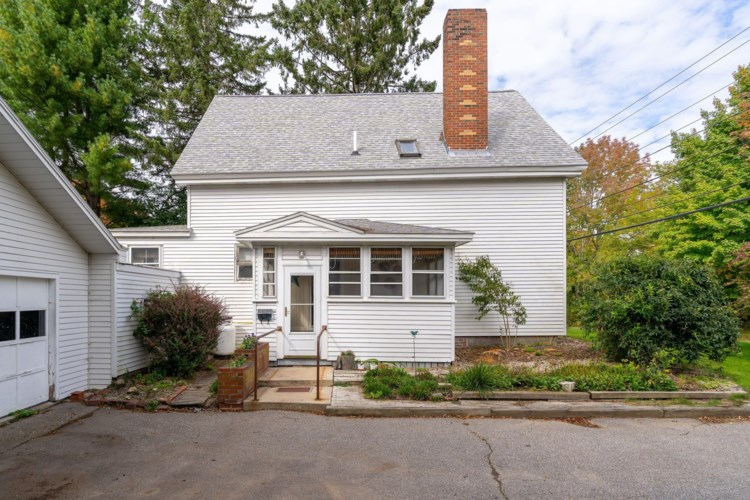 1878 Washington Avenue, Portland, ME 04103