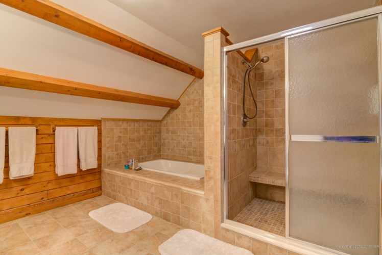 175 North Shore Road, New Gloucester, ME 04260