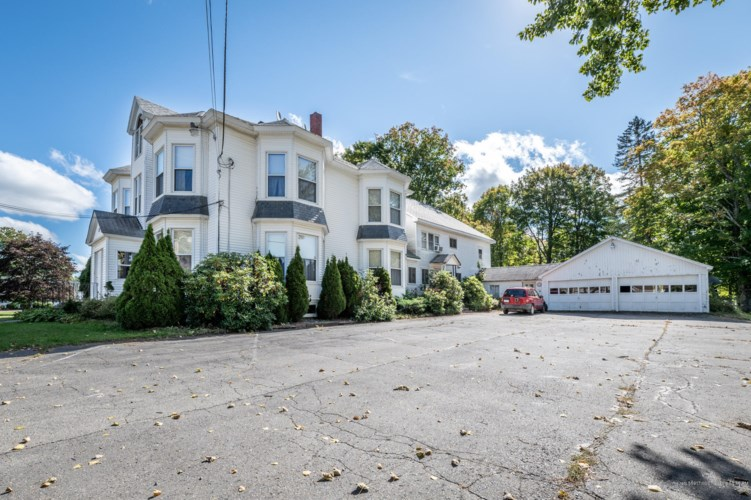 17 Hudson Road, Corinth, ME 04427