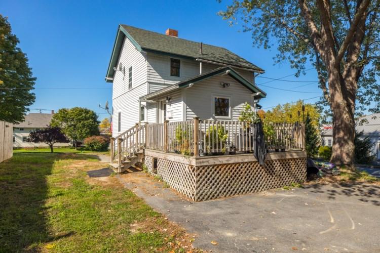 11 Howe Street, Augusta, ME 04330