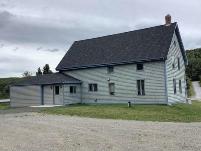 10 Clavette Road, New Canada, ME 04743