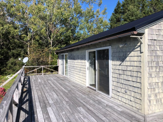 175 Leach Point Road, Perry, ME 04667