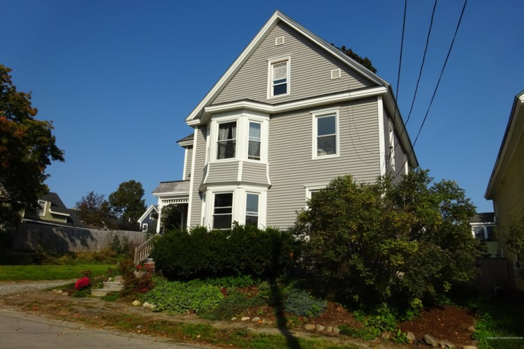 52 Blackstone Street, Bangor, ME 04401