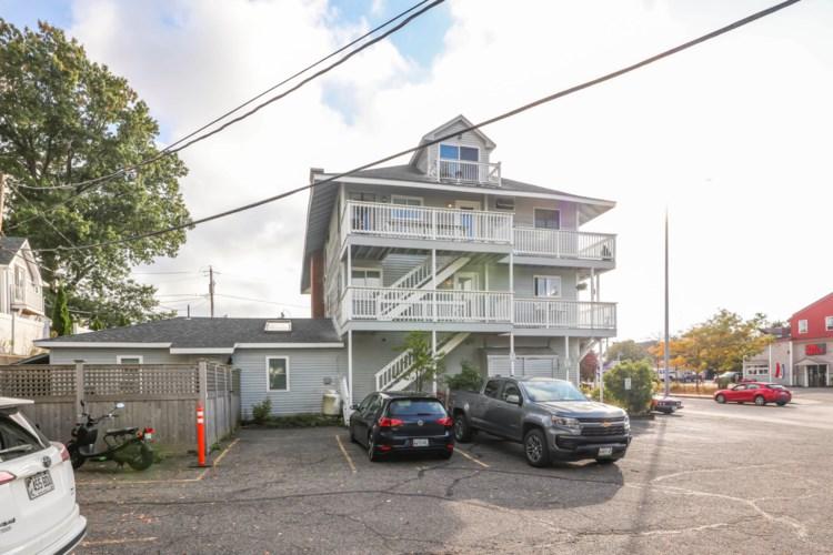 3 Island Avenue Unit 6, Kittery, ME 03904