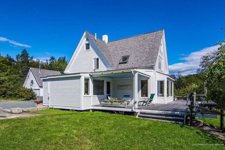 67 Davis Farm Road, Deer Isle, ME 04627