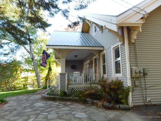 738 Main Street, Caribou, ME 04736