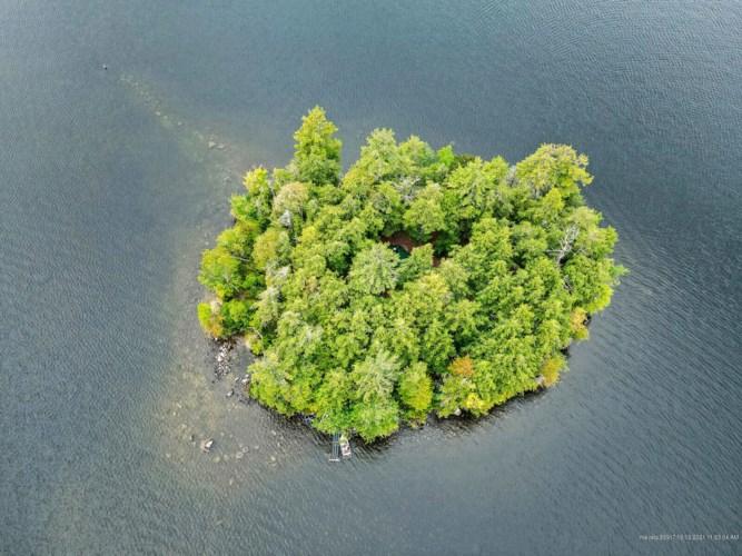 11 Pine Island, Naples, ME 04055