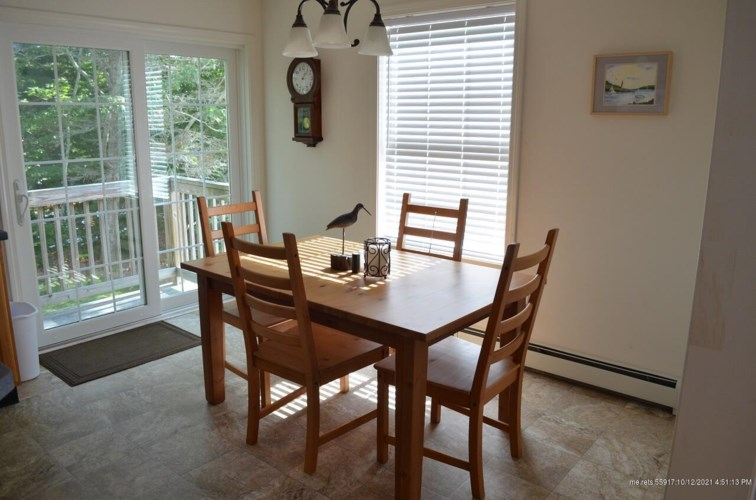 127 Lobster Cove Road, Boothbay Harbor, ME 04538