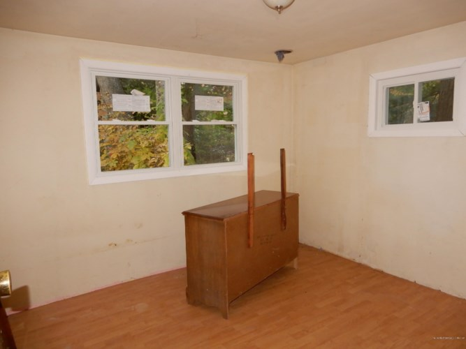 16 Daniel Street, Gorham, ME 04038