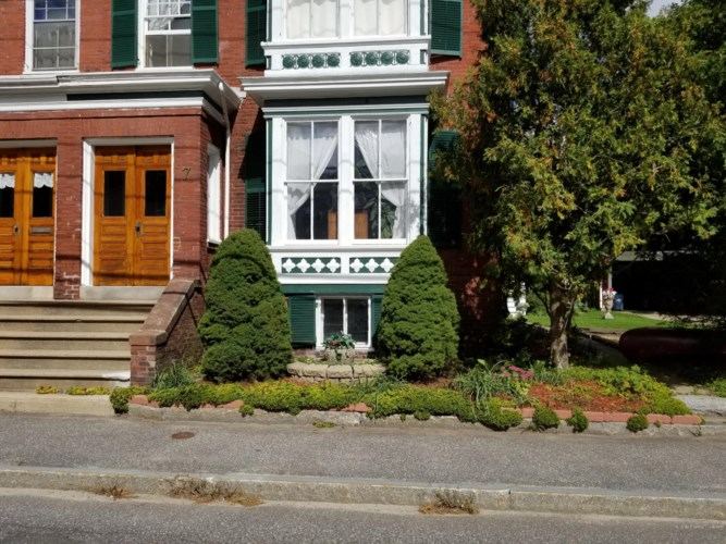 7 Jordan Avenue, Brunswick, ME 04011