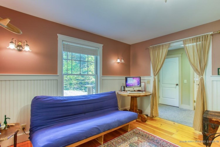 35 Townline Road, Boothbay, ME 04537