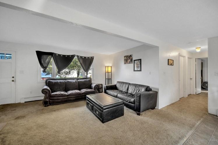 14 Westwood Acres Road, Richmond, ME 04357