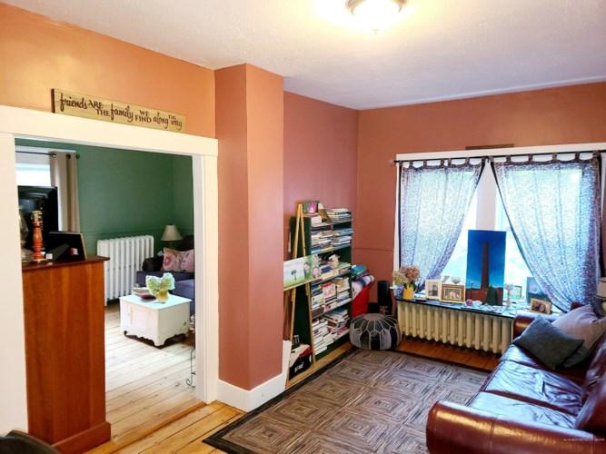 12 Riverside Place, Lewiston, ME 04240