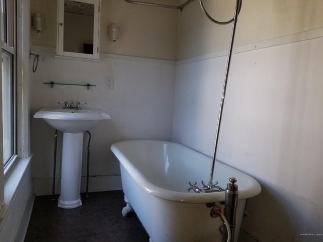 12 Western Avenue, Bath, ME 04530
