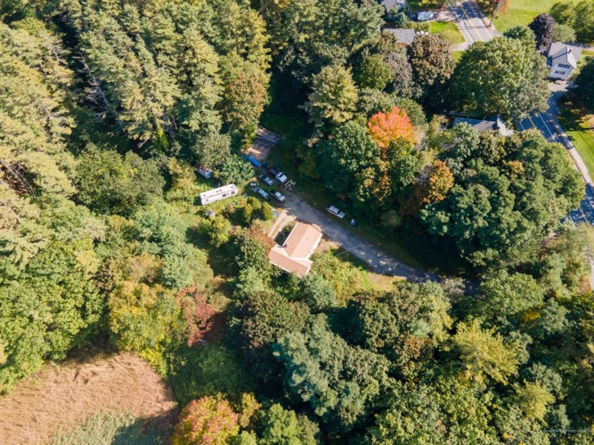 27 Lunt Road, Falmouth, ME 04105