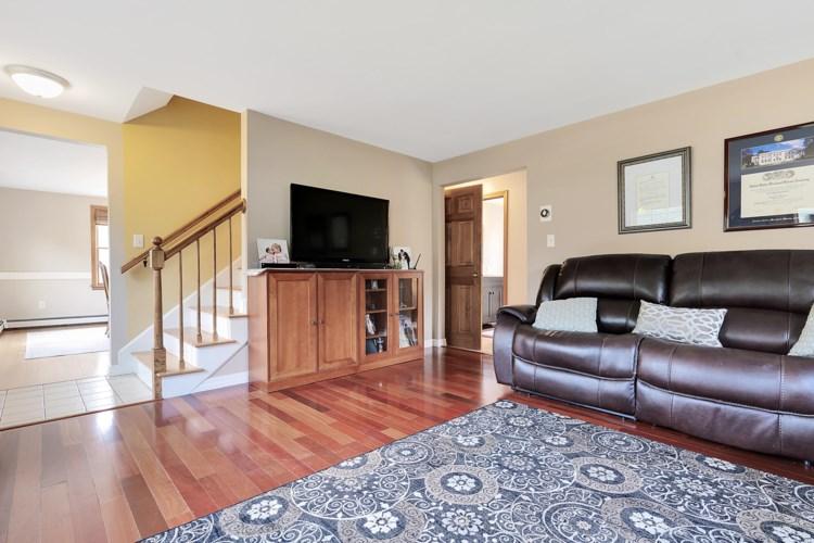 30 Maple Avenue, Scarborough, ME 04074