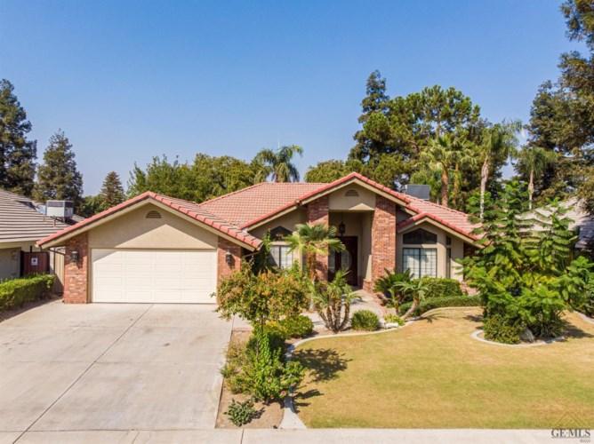 9100 Bridlewood Lane, Bakersfield, CA 93311
