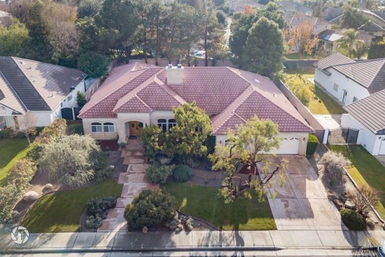 10501 Finchley Drive, Bakersfield, CA 93311