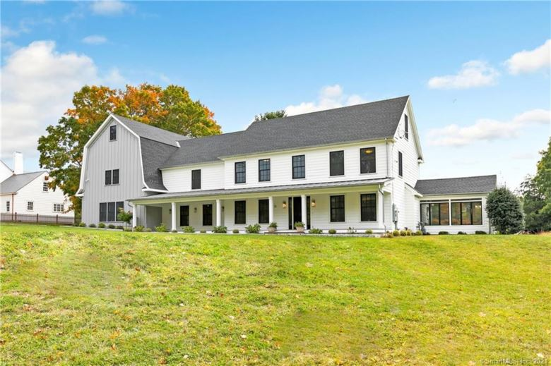 15 Mill Hill Lane, Fairfield, CT 06890