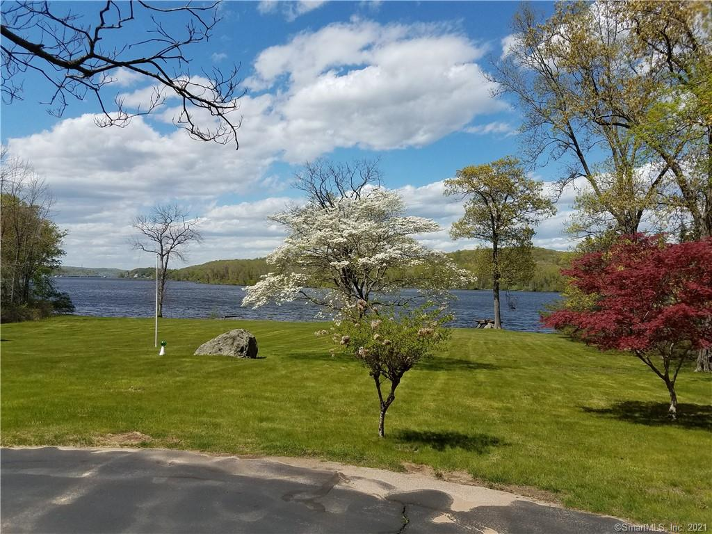 9 Parkers Point Road, Chester, CT 06412