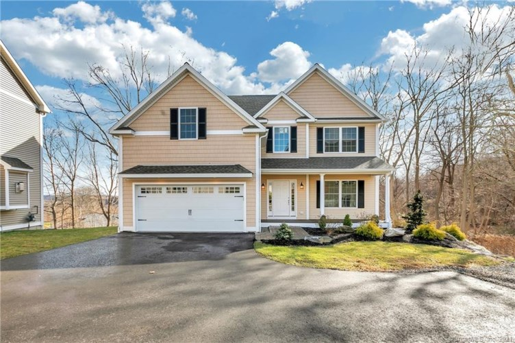 3 Sylvesters Way, Shelton, CT 06484