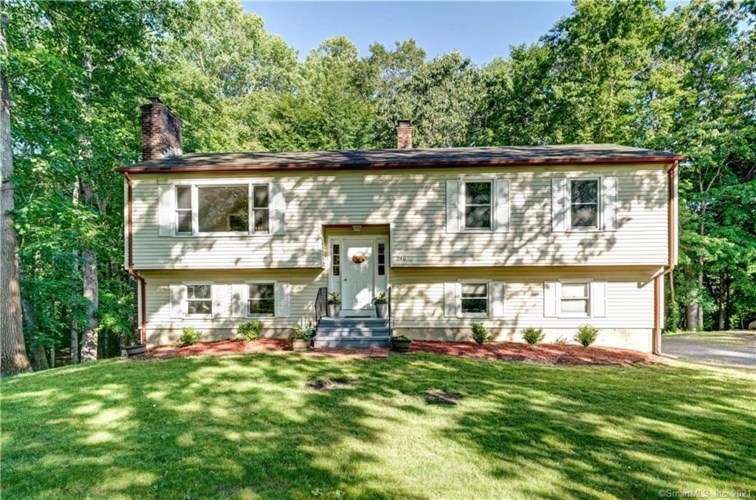 246 South Hoop Pole Road, Guilford, CT 06437
