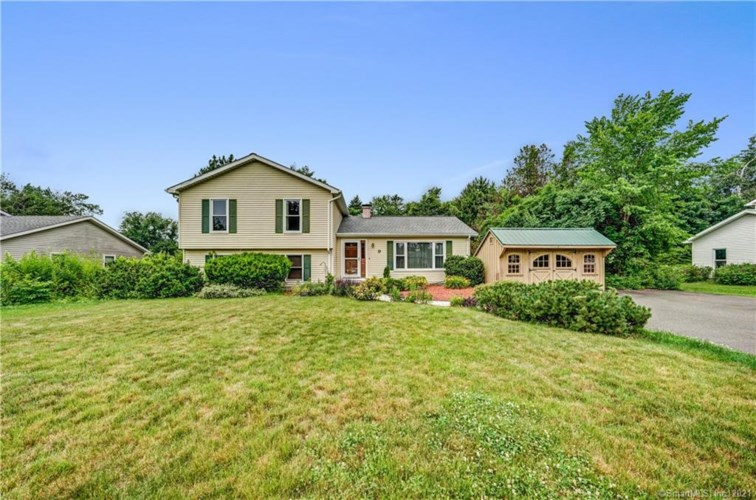 9 Clearview Drive, Wallingford, CT 06492