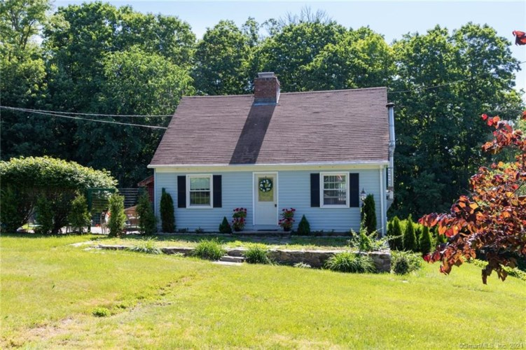50 Manchester Heights, Winchester, CT 06098