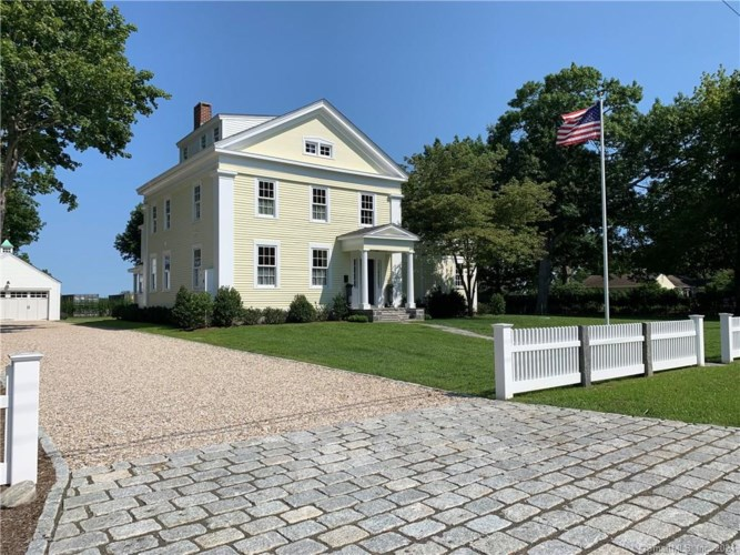 48 Cromwell Place, Old Saybrook, CT 06475