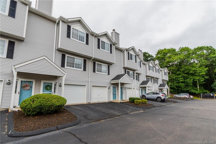 310 Boston Post Road #56, Waterford, CT 06385