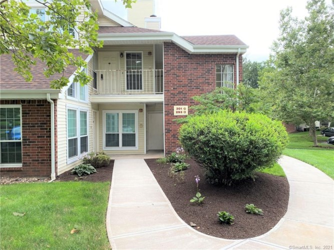 301 Carriage Crossing Lane #301, Middletown, CT 06457