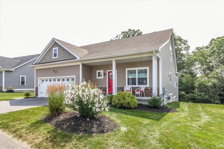 26 Constitution Drive, Wolcott, CT 06716