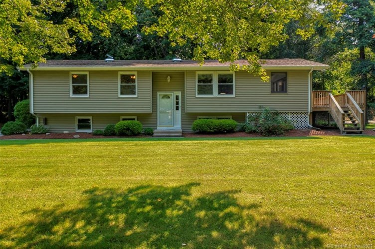 11 Summer Rest Road, Waterford, CT 06385